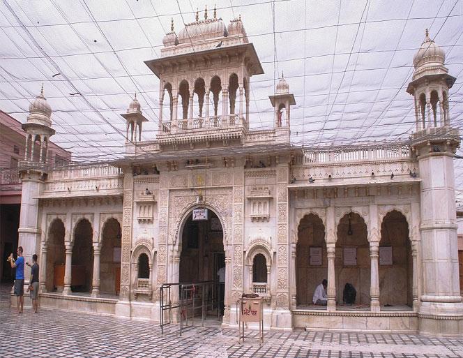Karni Mata temple inside pic